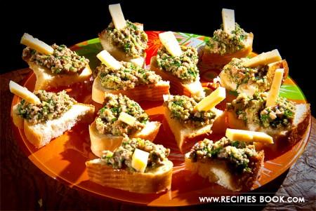 Блюда из авокадо: бутерброды с авокадо и печенью трески